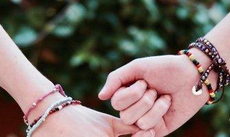 Brățările prieteniei - legendă și semnificație